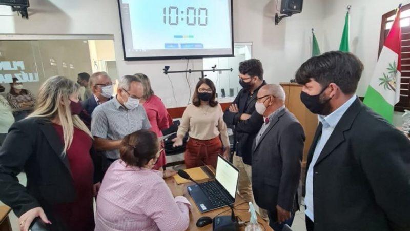 A vereadora e presidente Carla Simone – MDB, tem se destacado a frente da Câmara Municipal de São José de Mipibu.