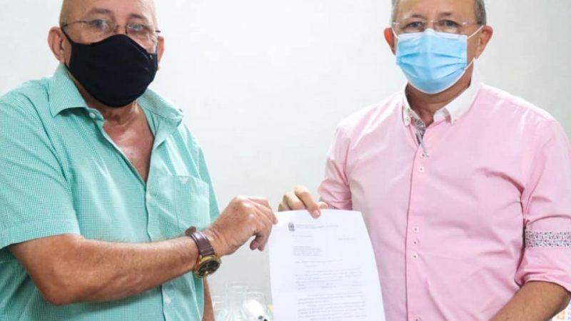 PREFEITO FIGUEIREDO VARELA E SUA COMITIVA VIAJARÃO À BRASÍLIA EM BUSCA DE EMENDAS.