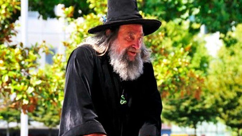 Nova Zelândia demite seu mago oficial